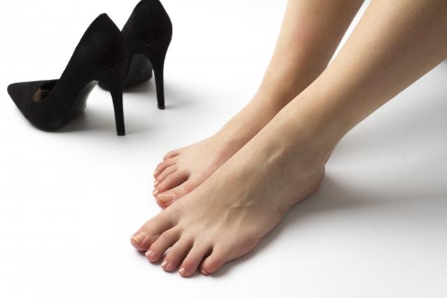 <p>女性の就活靴問題。まずは汚れを落とす習慣をつけること</p>